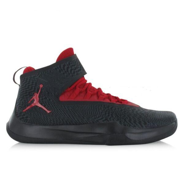 Jordan Fly Unlimited fekete kosaras cipő piros betéttel és piros Jordan logóval
