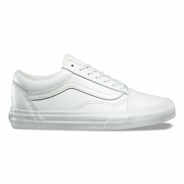 fehér Vans bőr cipő féhér gumi talppal és fehér vans csíkkal az oldalán